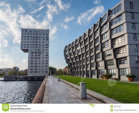 moderne ville de immeubles au centre de la ville moderne d almere le ne