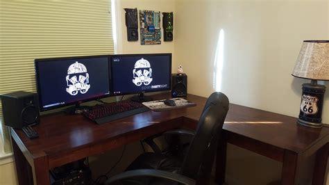 ultrawide  triple   desk space  pic