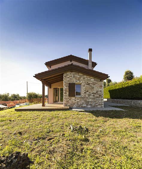 si鑒e piano una casa in legno costa meno di una casa in cemento sì ecco perchè la tua casa in legnola tua casa in legno