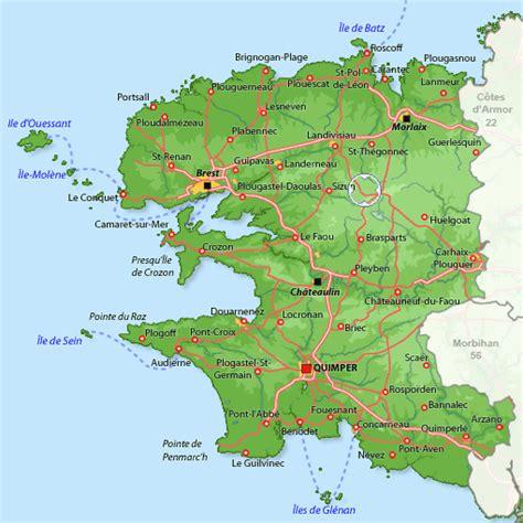 chambre bretonne gîte à commana location vacances finistère disponible