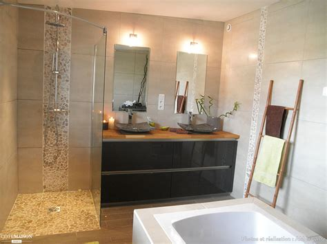 robinetterie italienne salle de bain salle de bain avec 224 l italienne et baignoire 238 lot am esquisse c 244 t 233 maison