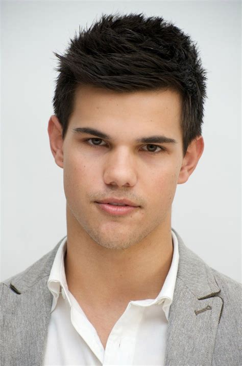 couple    taylor lautner hairstyle