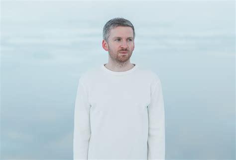 """[video] Ólafur Arnalds  """"remember"""" Sonofmarketing"""