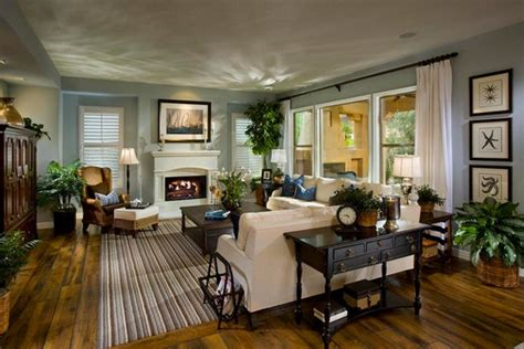 Interesting Traditional Living Room Designs