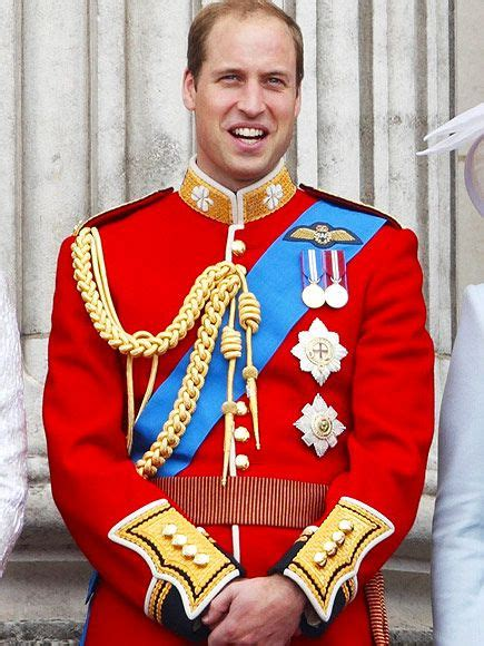 Trooping the Colour Uniforms and Medals Meanings | Prince ...