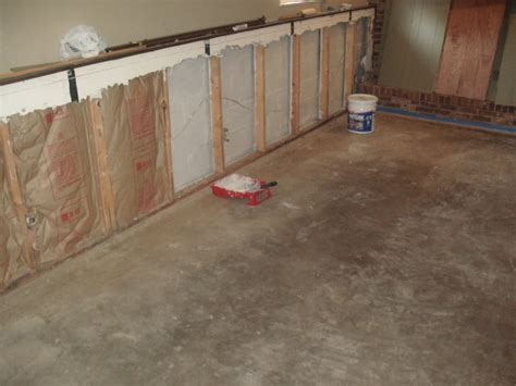 cut laminate flooring with table saw laminate flooring table saw laminate flooring
