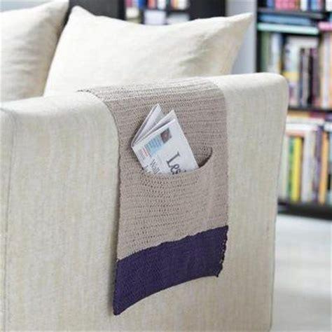un protège accoudoir pour fauteuil ou canapé tricot