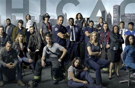 les series chicago fire chicago pd  chicago med renouvelees
