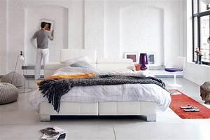Elektrisch Verstellbares Bett : boxspringbett unter dachschr ge das sollten sie beachten ~ Whattoseeinmadrid.com Haus und Dekorationen