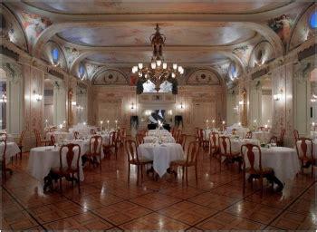 servicemitarbeiter gourmetrestaurant grand hotel kronenhof in pontresina schweiz