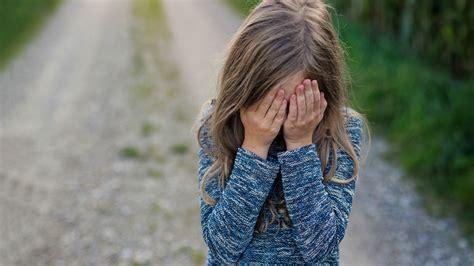 kinds  childhood emotional abuse  dont talk