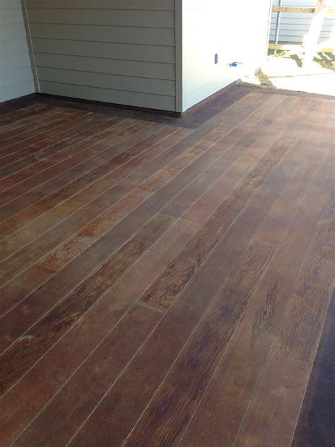 concrete wood        patio