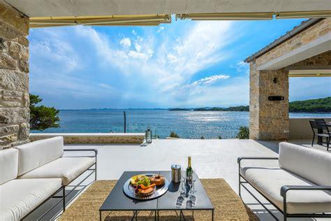 ferienhaus kroatien direkt  meer