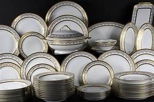Vaisselle En Porcelaine : service de vaisselle porcelaine table de cuisine ~ Teatrodelosmanantiales.com Idées de Décoration