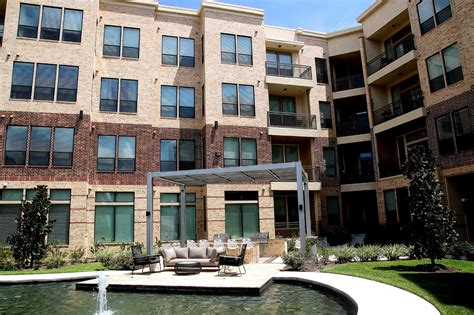 Big Apartments : Rents Cost Less In Houston Than In Most Big Cities