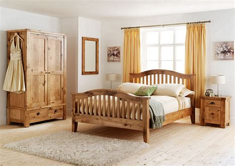 How To Attain A Beautiful And Simplistic Bedroom With The