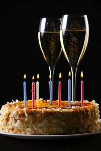Image Champagne Anniversaire : choisir un champagne pour un anniversaire dilettantes dilettantes ~ Medecine-chirurgie-esthetiques.com Avis de Voitures