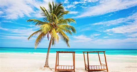 25 Best Romantic Beach Getaways