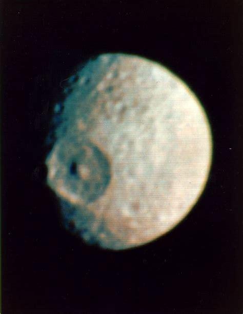 A Trip Into Space  Saturn's Satellite Mimas