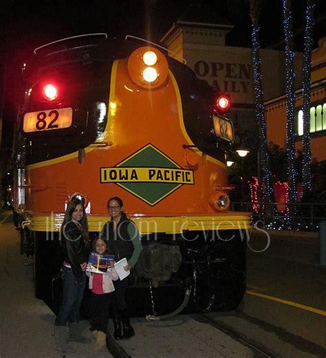 santa cruz holiday lights train santa cruz train to christmas town review the mom reviews