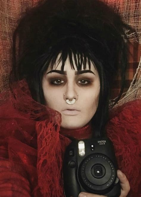 Devin Sola Height, Weight, Age, Body Statistics ...
