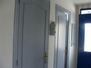 Couloir Gris Et Blanc : decoration couloir gris et blanc decoration couloir gris et blanc survl com decoration couloir ~ Melissatoandfro.com Idées de Décoration