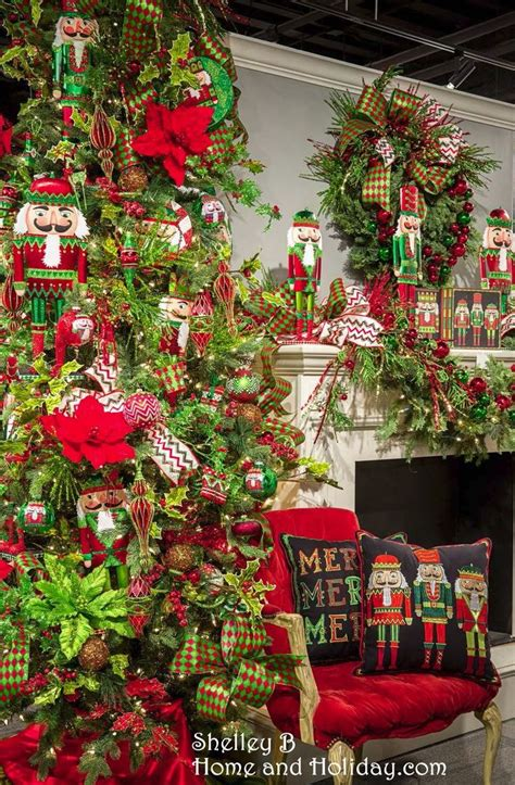 pin  shelley  home  holidaycom  decorated trees