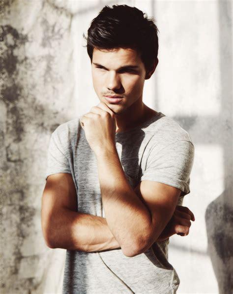 Taylor Lautner   Taylor lautner, Taylor jacobs, Jacob ...