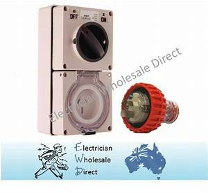 3 Pin 20 Amp 240v Switched Socket Outlet With Plug Ip66