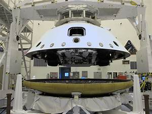 Space Images | Connecting Curiosity's Heat Shield and Back ...