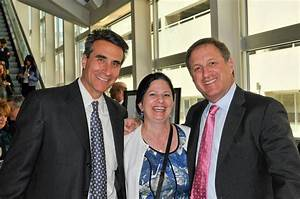 Past Board Chair Alan Mayer, left, with Dawn Richard and ...