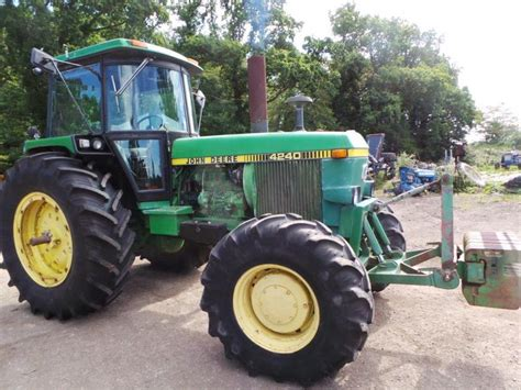 Used Tractors And Machines