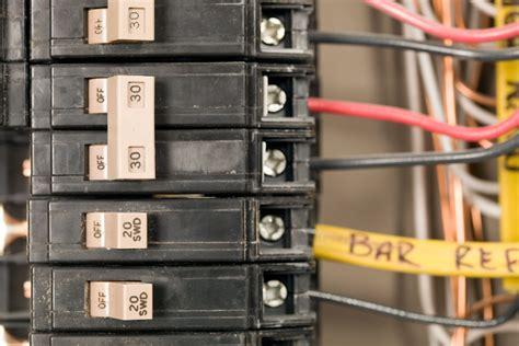 afciarc fault circuit interrupter tips
