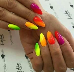 Ombre neon nails | Paznokcie_zgoorkinapazurki | Pinterest ...