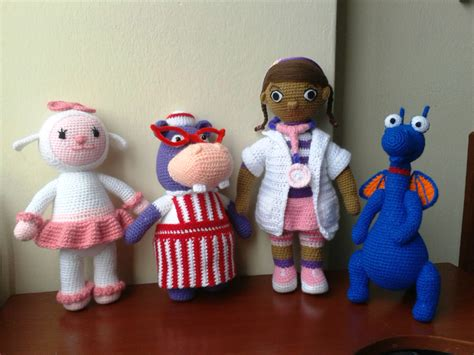 amigurumi doctora juguete amigurumi doctora juguete doctora juguete tejida crochet