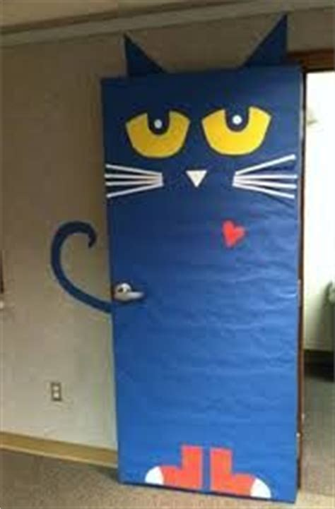 Pete The Cat Classroom Themes by 1000 Ideas About Classroom Door On