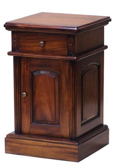 mahogany bedside cabinets mahogany bedside cabinets solid mahogany furniture 3942