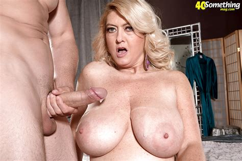 Busty Cougar Mom Tahnee Taylor Roughly Fucked By Sons