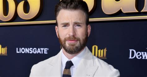 Chris Evans accidentally posts nude photo, gets support ...