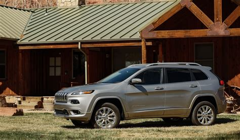 jeep cherokee overland  review