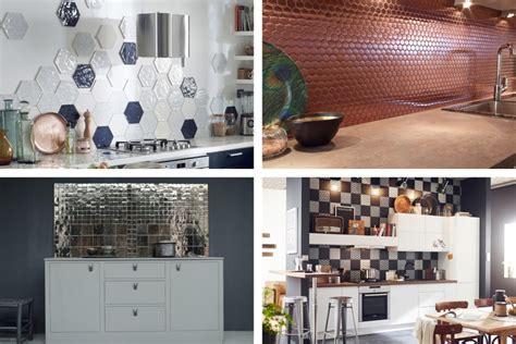 cuisine noir et bois en cuisine la crédence fait maison créative
