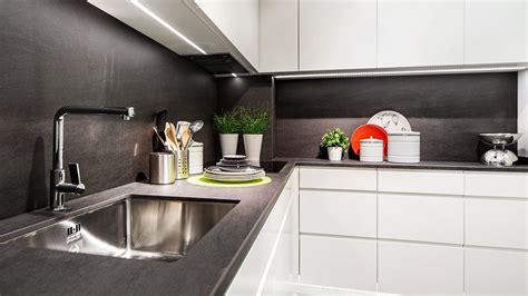 cocina blanca  negra serie leipzig muebles de cocina en