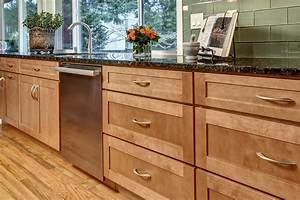 Maple Shaker Style Kitchen Cabinets - Home Design