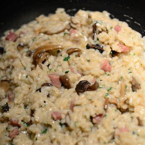 come cucinare un buon risotto prepara il risotto boscaiolo un primo piatto