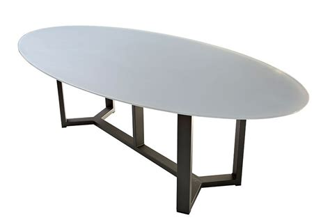 coussin de siege table de jardin ovale design en aluminium plateau en