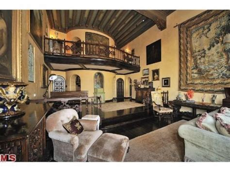 kate perrys hollywood hills digs  finally sale pending