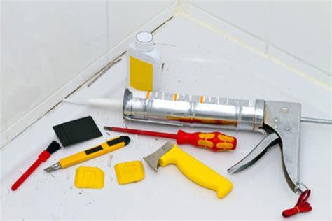 fugensanierung acrylsilikon ueberstreichen oder entfernen