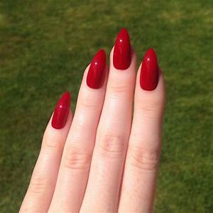 Ruby red medium length acrylic nails. Barbarabeauté ...