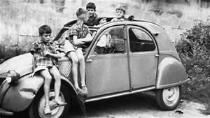 Voiture Enfant Vintage : 2cv and kids flappy paddle shifters pinterest kid ~ Teatrodelosmanantiales.com Idées de Décoration