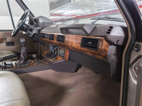 vintage range rover interior best 25 range rover v8 ideas on pinterest range rover